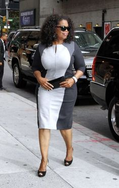 """Oprah Winfrey arrives for the """"Late Show with David Letterman"""" at Ed. Corporate Wear, Corporate Fashion, African Wear, African Fashion, African Dress, Vintage Black Glamour, Evening Dresses Plus Size, Full Figure Fashion, Office Outfits"""
