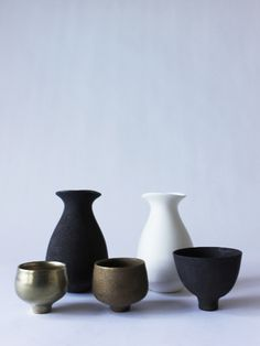 Tokkuri (sake bottle) - RYOTA AOKI POTTERY ONLINE STORE