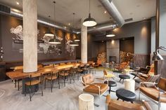 Wnętrza Starbucks Reserve we Wrocławiu Starbucks Shop, Starbucks Reserve, Starbucks Coffee, Design Bar Restaurant, Cafe Restaurant, Restaurant Interiors, Coffee Store, Coffee Shop Design, Cafeteria Design
