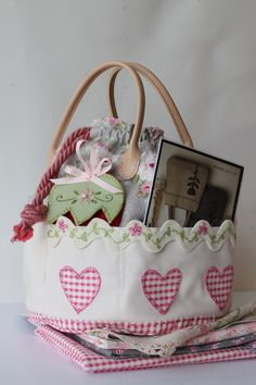 Girls Own Sewing Basket is a roomy sewing basket with lots of pockets to carry those needful bits and pieces you need for making gorgeous projects,Tilda