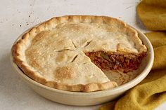 Prepare to make a delicious Italian Pot Pie in just 20 minutes! Dried oregano leaves and Italian Sausage give the Italian flavor to this Italian Pot Pie. Kraft Foods, Kraft Recipes, Pie Recipes, Cooking Recipes, Easy Recipes, Italian Dishes, Italian Recipes, Italian Foods, Beef Casserole Recipes