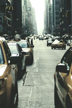 The photography really captured the vibrant New York atmosphere with this picture