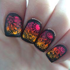 Stamping nail art using @bundlemonster #bundlemonster plate BM-S111