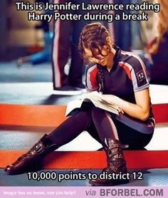 J.Law reading Harry Potter during filming break. This changes EVERYTHING.