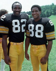 Former Pittsburgh Steelers wide receivers, John Stallworth and Lynn Swann. But Football, Pittsburgh Steelers Football, Pittsburgh Sports, Pitsburgh Steelers, Sport Football, Football Players, Dallas Cowboys, Steelers Images, Steelers Stuff
