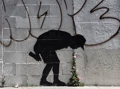 orguns: fyeahblackhippy: sarahvisualart: The latest Banksy I wanna meet him. Same