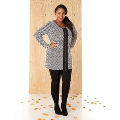 De stof met ingeweven dessin (ook wel jacquard stof genoemd) geeft dit heerlijke vest een bijzondere trendy look. Het vest heeft een rechte pasvorm en... Bekijk op http://www.grotematenwebshop.nl/product/vest-van-x-two-voor-vrouwen-met-grote-maten-33/