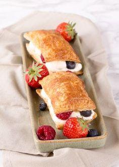 Makkelijk bladerdeeg gebakje met vers fruit - Laura's Bakery