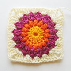 Nittybits: Sunburst Granny Square Blanket Tutorial- and then when the basic gran. Nittybits: Sunburst Granny Square Blanket Tutorial- and then when the basic gran… Nittybits: Sun Crochet Afghans, Crochet Amigurumi Free Patterns, Crochet Granny, Crochet Blanket Patterns, Granny Pattern, Crochet Squares, Crochet Blankets, Knitting Patterns, Sunburst Granny Square