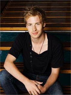 Angus Mclaren Australian actor who is best known for his roles in the television series, Packed To The Rafters as Nathan Rafter and Just Add Water as Lewis McCartney. Pretty People, Beautiful People, Mako Mermaids, Have Courage And Be Kind, Australian Actors, Celebs, Celebrities, Good Looking Men, Best Actor