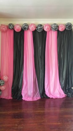 How To Make A Backdrop For Parties With Plastic