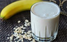 Banana smoothie with oatmeal - perfect breakfast! #workout