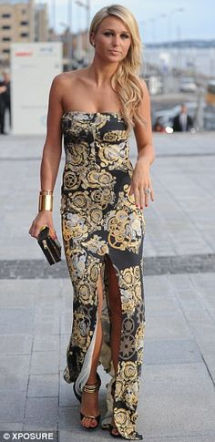 Svelte: The fitted dress showed off Alex's tanned and toned physique