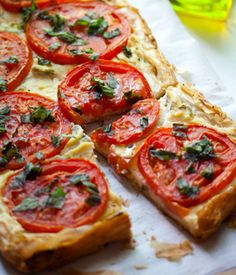 Vegan tomato tart #earthbalance