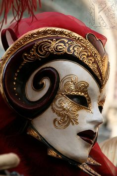 Demon mask - carnival of Venice masquerade red hot passion gold baroque Looks like a rams head to me, my astrological sign ; Venetian Carnival Masks, Carnival Of Venice, Venetian Masquerade, Vampire Masquerade, Masquerade Party, Masquerade Masks, Bronx Masquerade, Mardi Gras, Costume Venitien