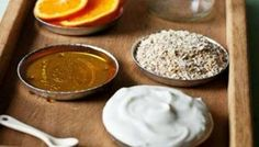 Moisturizing Orange face Mask - A all-natural moisturizing face mask to soothe dry winter skin. Food for your face! Diy Cosmetic, Diy Beauté, Diy Spa, Homemade Face Masks, Body Scrubs, Homemade Beauty Products, Beauty Recipe, Tips Belleza, Hair And Beauty