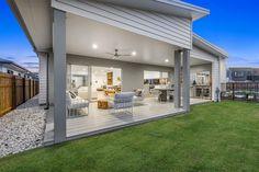 Stillwater 260, Display Homes in Brisbane Australia | G.J. Gardner Homes #GJGardner #HomeDesign #Architecture #InteriorDesign #HomeDecor #AustralianDesign #Patio #Alfresco #BackyardDesign