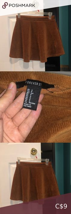 Forever 21 Corduroy Burnt Orange/Brown Skirt SALE TODAY ONLY! EVERYTHING IN MY CLOSET 4/$20 AND $9.99 Shipping  Reposhing as I did not find it flattering on my body, was almost a bit too small. Tag says size small but would fit true to a size 4. (I'm between a 4-6) Excellent condition! Stretchy waist and material  ☀️$9.99 shipping on orders over $10! 💕 Bundles of 3 items or over automatically get 20% off! 💜 Any bundle of more than one item I will give an additional discount (so if 3 or… Orange Brown, Burnt Orange, Orange Color, Brown Skirts, Skirts For Sale, Forever 21 Skirt, Plus Fashion, Fashion Tips, Fashion Trends