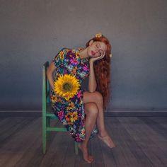 """Gefällt 1,218 Mal, 21 Kommentare - Mara Saiz Photography (@marasaiz.photo) auf Instagram: """"Flor de sol y cabello en otoño. @anaalfau53"""""""