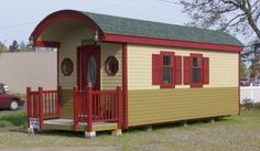 Sq ft irish cottage tiny house 01 200 sq ft irish cottage tiny house