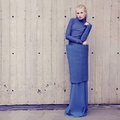 Krakora is a Czech fashion label. Designers Lucie Králová and Lucie Kordačová are definitely ones of the most promising designers to keep an eye on. Fashion Poses, Fashion Editorials, Star Fashion, Womens Fashion, Origami Fashion, Sculptural Fashion, Other Outfits, Fashion Labels, All About Fashion