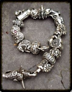 All silver redbalifrog ❤️ Deborah Taylor makes a sterling statement!
