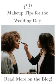 Makeup Touch-Up Tips for the Wedding Day Bridal Makeup, Wedding Makeup, Glo Makeup, Wedding Stress, Makeup Trial, Makeup Needs, Long Wear Lipstick, How To Line Lips, Fake Lashes