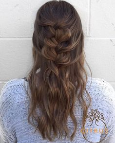 Happy Valentine's Day from Citrus. ❤️🍊 Hope you're spending it with your loved ones. Here's a romantic undone braid & balayage by #DanitzaAtCitrus #citrussalon #aveda #avedacolor #romantichair #undone #braids #braidsandbalayage #balayage #instahair #hairofinstagram #ghd #goodhairday #hairinspo #hairgoals #picoftheday #valentineshair #behindthechair #btcpics #btc #downtownmartinez #martinezhair #eastbayhair #bayareahair #bayareastylist #eastbaystylist