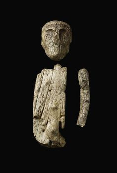 The oldest puppet or doll: an articulated figure made of mammoth ivory (between 40,000 and 10,000 BCE).