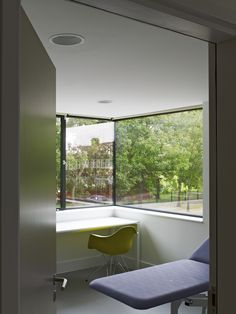 Gallery of North London Hospice / Allford Hall Monaghan Morris - 3