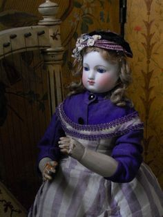 ~~~ Elegant French Bisque Poupee in Original Condition ~~~