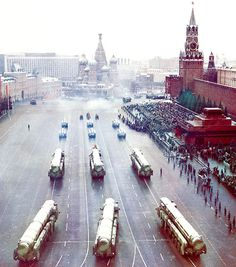 RT-2PM Topol mobile ICBM launchers of the Soviet Strategic Rocket Forces rolling through Red Square at the 1990 Moscow October Revolution Day Parade.
