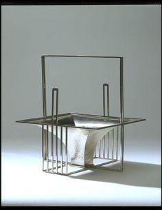 Josef Hoffmann (1870-1956), Wiener Werkstätte, Silver Fruit Basket, 1904.