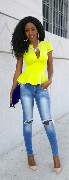 Neon Peplum + Ripped Jeans By Style Pantry destroyed Spring Summer Fashion, Spring Outfits, Autumn Fashion, Summer Outfit, Love Fashion, Fashion Looks, Fashion Outfits, Womens Fashion, Look Blazer