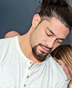 Roman Reigns looks amazing and sexy