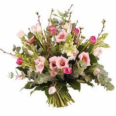 Prachtig handgebonden veldboeket in roze tinten. Bestaat uit: ranonkel, lysianthus, eucalyptus, tulpe, leeuwenbek, bloesem en div. groensoorten