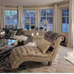 ♡Thayna Karolayne♡ Lounges, Glam Living Room, Living Room Decor, Pinterest Home, Living Room Inspiration, Inspiration Design, Home Decor Bedroom, Sofa Design, Home Interior Design