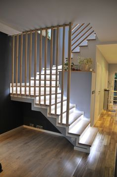 59 Ultimate Farmhouse Staircase Decor Ideas And Design Modern Stair Railing, Stair Railing Design, Modern Stairs, House Staircase, Staircase Railings, Staircase Ideas, Escalier Design, Casas Containers, Staircase Makeover
