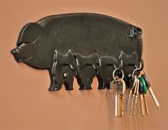 Pig Key Rack - A must for pig lovers everywhere, a brilliant pig key rack. Available in a range of colours.