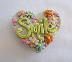Items similar to Smile magnet Flower design - polymer clay on Etsy Polymer Clay Magnet, Clay Magnets, Polymer Clay Crafts, Clay Projects, Projects To Try, Clay Art, Flower Designs, Jewelry Crafts, Hearts