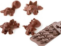 Cute dinosaurs silicone chocolate mould They are perfect for fondants ice cubes butter fudge jelly lolllies and more I have even heard of people melting th Dinosaur Birthday Party, 3rd Birthday Parties, 4th Birthday, Birthday Ideas, Silicone Chocolate Molds, Silicone Molds, Silicone Bakeware, Candy Pop, Party Food And Drinks