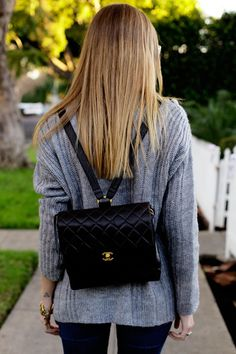 love this chanel backpack