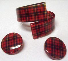 Lovely vintage Lucite bracelet and earrings in Demi Paure Red Plaid. 1950's era.