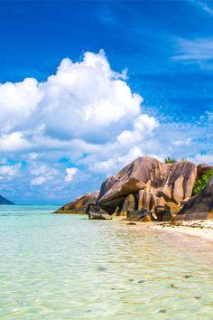Welche Reiseziele eignen sich besonders gut für einen Urlaub im Dezember? Wir zeigen dir die besten Sonnenziele für deinen Strandurlaub im Winter. Phuket, Water, Outdoor, Seychelles, Maldives, Rainy Season, Gripe Water, Outdoors, Outdoor Games