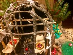 Native American Longhouse, Nativity, Christmas Ornaments, Holiday Decor, Projects, Home Decor, Log Projects, Blue Prints, Decoration Home