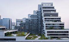ZHUBO DESIGN, Shenye TaiRan Building, green roof, office building, Shenzhen, courtyard, green architecture, stone facade, aluminium