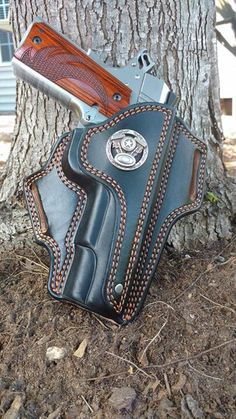 Posts about Gun holsters written by Thanh N. Knife Holster, 1911 Holster, Pistol Holster, Custom Leather Holsters, Western Holsters, Leather Pattern, Leather Projects, Leather Tooling, Leather Craft