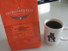 今朝のコーヒー 今度の土曜日東京セミナーでも使用します    ルワンダ NYARUSIZA生産処理場 ブルボン種    とても爽やかでトロピカルフルーツを想わせる風味も★