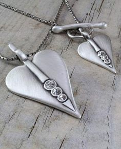 Hungary, Precious Metals, Arrow Necklace, Hearts, Sparkle, Jewellery, Crystals, Jewels, Schmuck