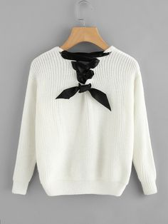 Lovely Lace-up Sweater in so soft knit. The lacing ribbons are at the back  and the front is a v-neck-line. 162ab649a